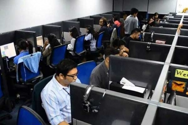 15 Including Indian Origin in Massive Call Center Scam